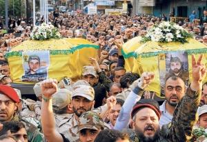 Manifestación de Hezbollah en Beirut, su apoyo al régimen de Al Assad ha sido incondicional. (Fuente: Perfil)